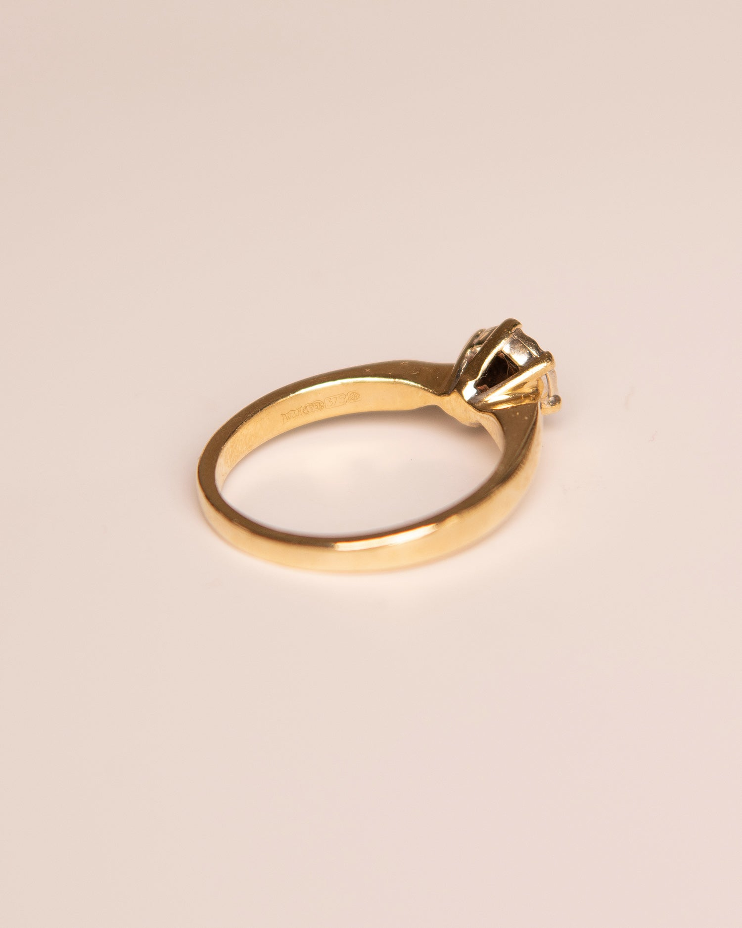 Tess 9ct Gold Vintage Diamond Ring