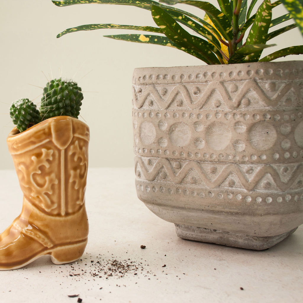 Ola Concrete Planter