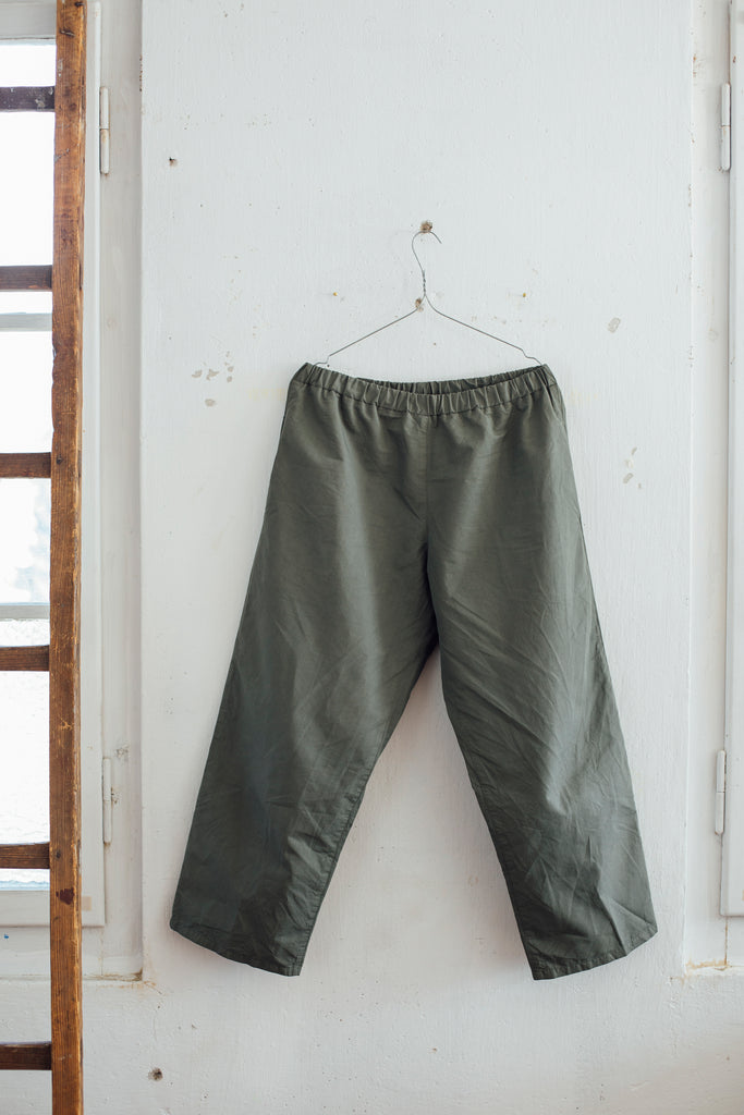 Loose fit pants Beluga Green - somi-shop.ch