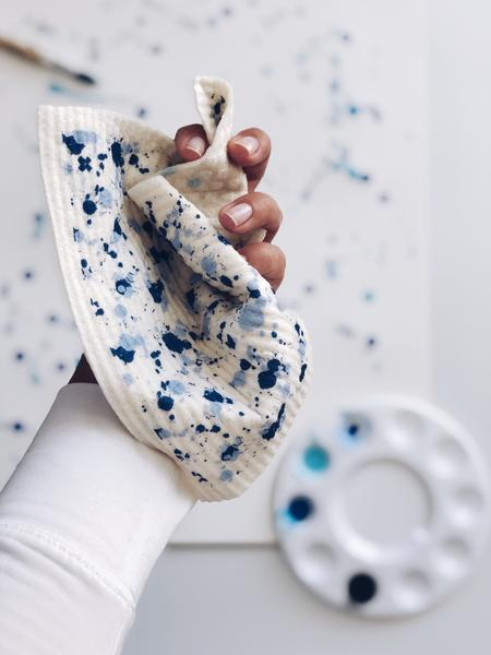 Splatter Blue on White Sponge Cloth