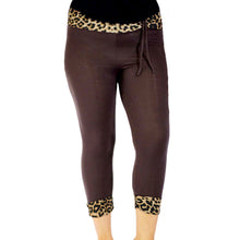 Load image into Gallery viewer, Ladies 3/4 length capri style leggings - plus sizes TOO