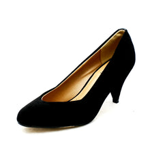 Load image into Gallery viewer, Low heel pointy toe court shoes with heel detail
