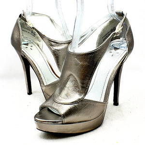 High heel platform shoes with peep toe and open sides