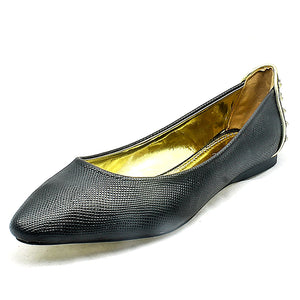 Flat shoes with pointed toe and feature heel detail