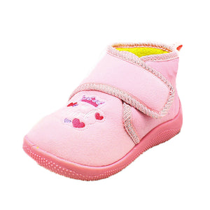 Childrens Slippers boots with princess crown to front