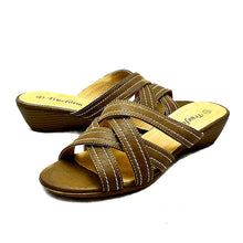 Load image into Gallery viewer, Low wedge open toe comfort sandals