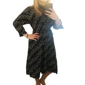 Square dot loose fitting shirt dress with tie belt