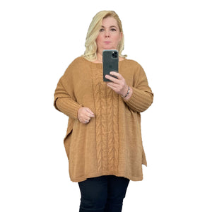 Cable front jumper with fitted sleeves and slit sides