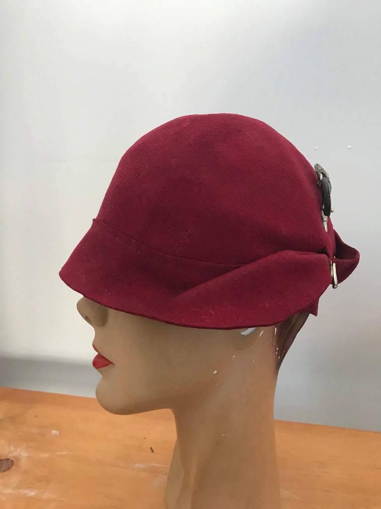 20s CLOCHE HAT w/ Art Deco celluloid hat pin red wool felt vintage antique 1920s