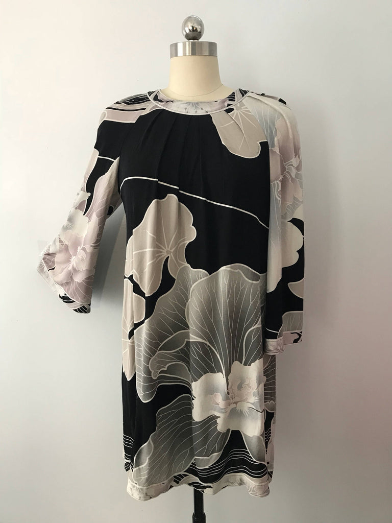 90's LEONARD Paris dusty pink gray black floral signed print silk jersey short mini DRESS vintage 1990s