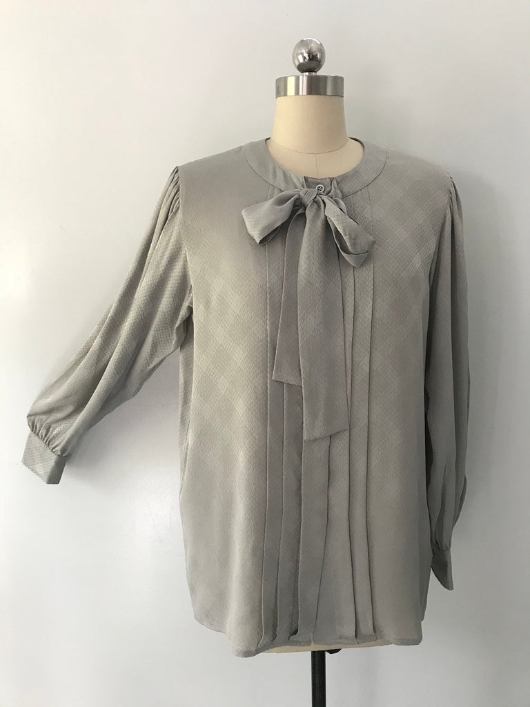 70s YSL silk print soft gray Yves Saint Laurent lady like TIE BLOUSE top vintage 1970s 44 10