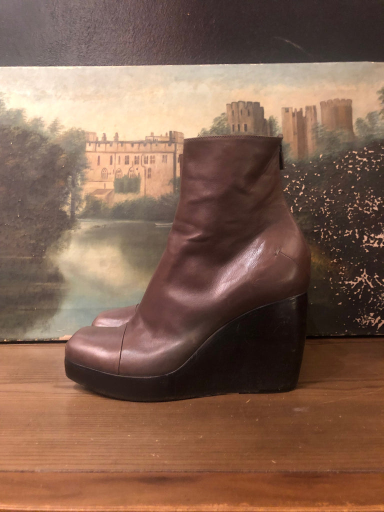 COSTUME NATIONAL Minimalist Wedge Platform Ankel Boots SZ 10 - 10.5