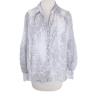Load image into Gallery viewer, Grey Print Button Down Flounce Sleeve Top