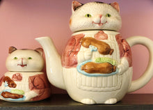 Load image into Gallery viewer, Cat Teapot with Kitten Sugar Bowl