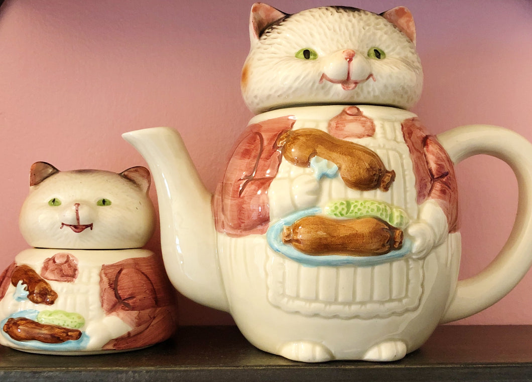 Cat Teapot with Kitten Sugar Bowl