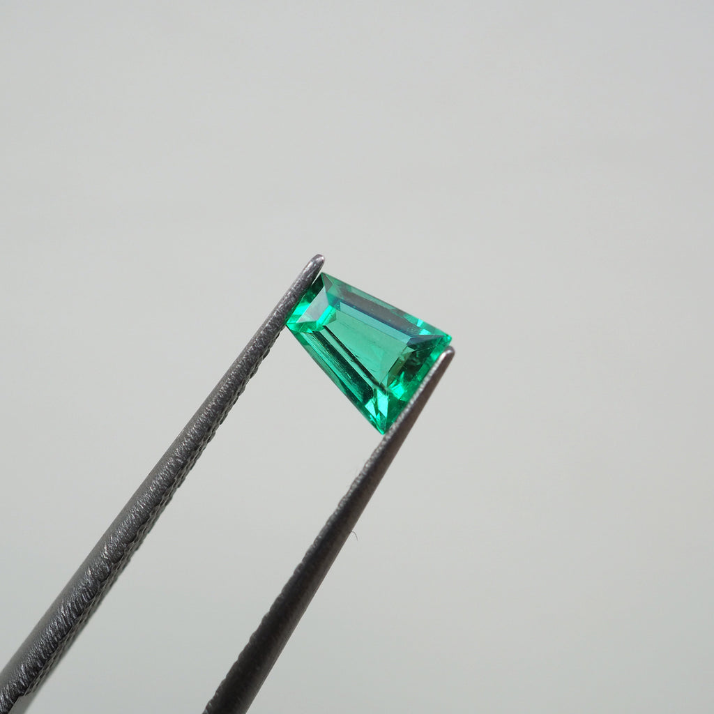 0.33ct Green Colombia Emerald