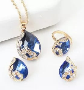 Crystal Jewelry Necklace Three Exquisite Necklace Set
