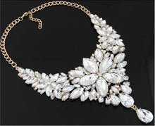 Load image into Gallery viewer, Ice Crystal Flower Necklace
