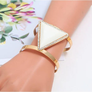 Rhinestone Triangular Fashion Bracelet
