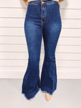 Load image into Gallery viewer, Morgan High Waist Flares - Dark Wash