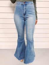 Load image into Gallery viewer, Morgan High Waist Flares - Light Wash