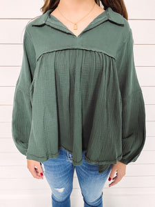 Madison Woven Top - Hunter Green