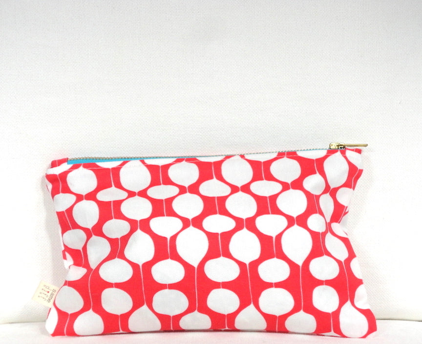 Red Bubbly Getaway Bag