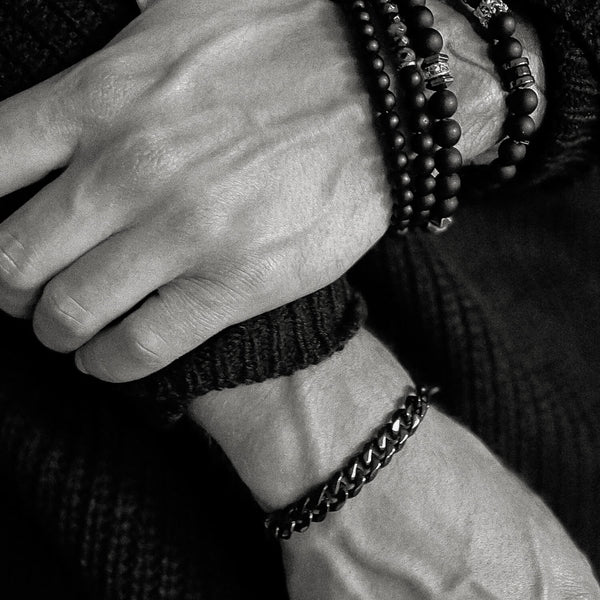 Statement Bracelet | Black