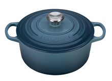 Load image into Gallery viewer, Le Creuset Round Dutch Oven - 4.5 QT