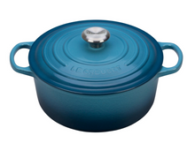 Load image into Gallery viewer, Le Creuset Round Dutch Oven - 5.5 QT