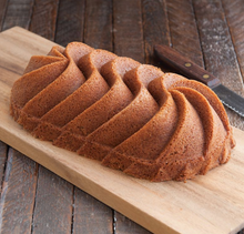 Load image into Gallery viewer, Nordic Ware Bundt Pan - Heritage Loaf