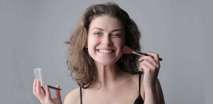 Keep Your Makeup Clean by Following These Simple Steps