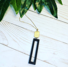 Load image into Gallery viewer, Boldly Modern Necklace - Black