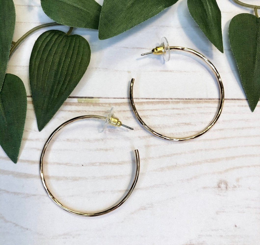 Thin Hoop Earring ( medium ) - Gold