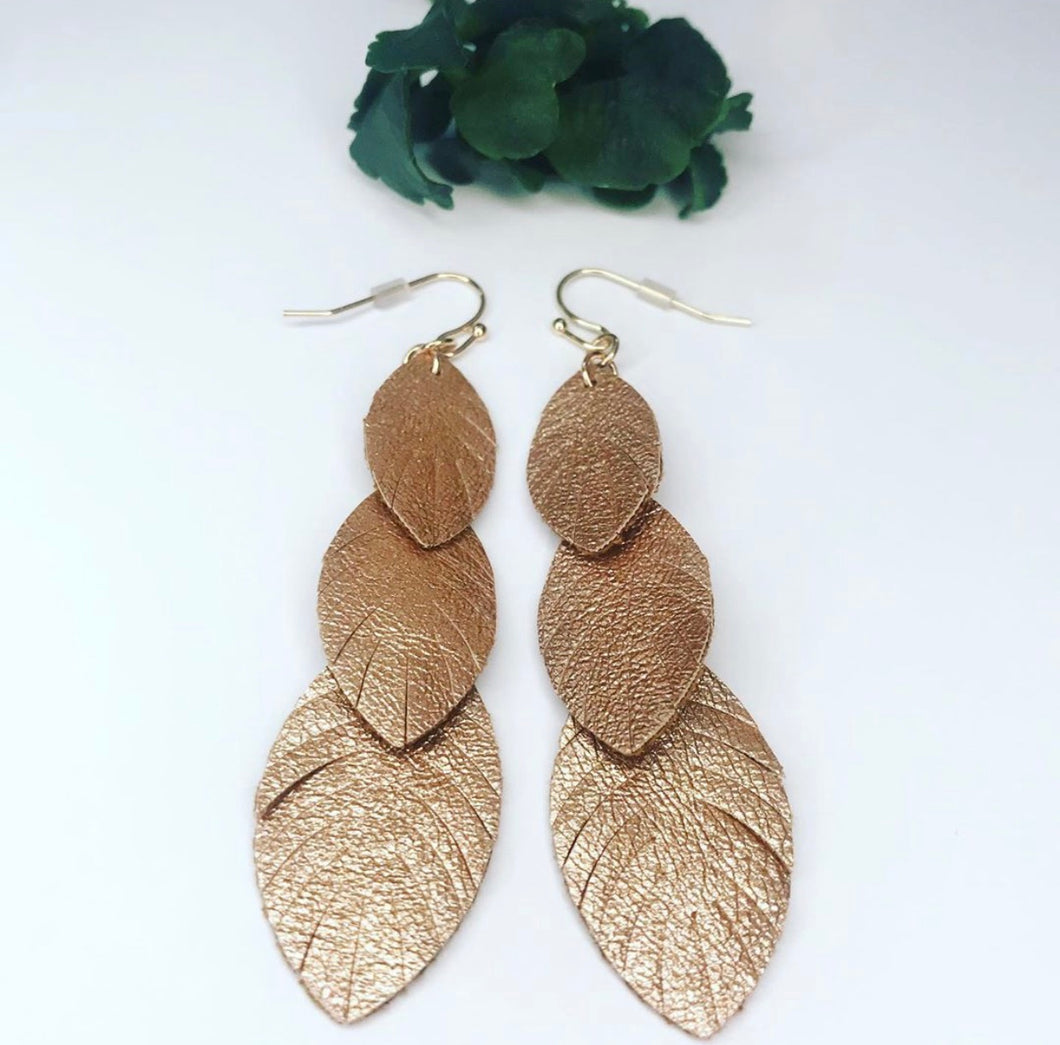 Metallic Leaf Earring - Cognac