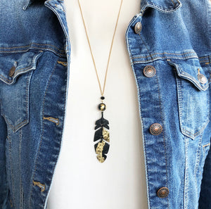 Feather Metallic Necklace