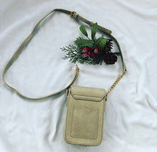 Load image into Gallery viewer, Tassel Crossbody ( Taupe )