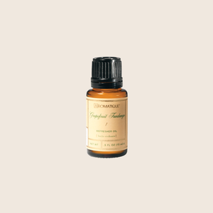Grapefruit Fandango Refresher Oil is designed to refresh your Decorative Fragrance year-round. The highly concentrated oil quickly absorbs into the wood chips and fills any space with an invigorating fragrance of tangy citrus notes blended with cassis and peach, accented with rose and musk.