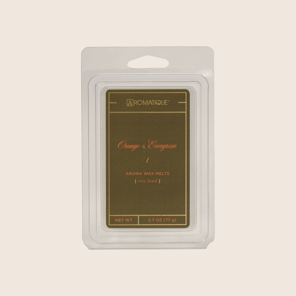 Orange & Evergreen evokes a wintery scene; fragrant citrus fruits with a touch of evergreen, cardamom and florals. Aromatique Wax Melts are a set of 8 cubes that contain 100% food-grade paraffin wax and a highly fragrant aroma - no wicks or flames needed.