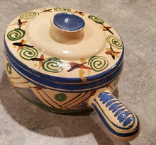 Load image into Gallery viewer, Mexican lidded pot with handle