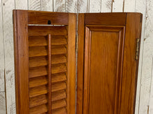 Load image into Gallery viewer, Thirteen Wood Shutters - Hinged Pair