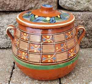 Vintage Old Mexican Lidded Bean Pot. Red Clay.
