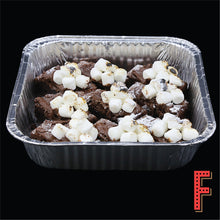 Load image into Gallery viewer, Chocolate Brownies With Pecan, Nutella And Marshmallow 朱古力山核桃布朗尼伴榛子醬及棉花糖 - FEAST