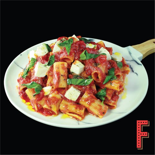 Tomato Ragatoni With Basil And Buffalo Mozzarella 鮮茄圓管通粉配羅勒及水牛芝士 - FEAST