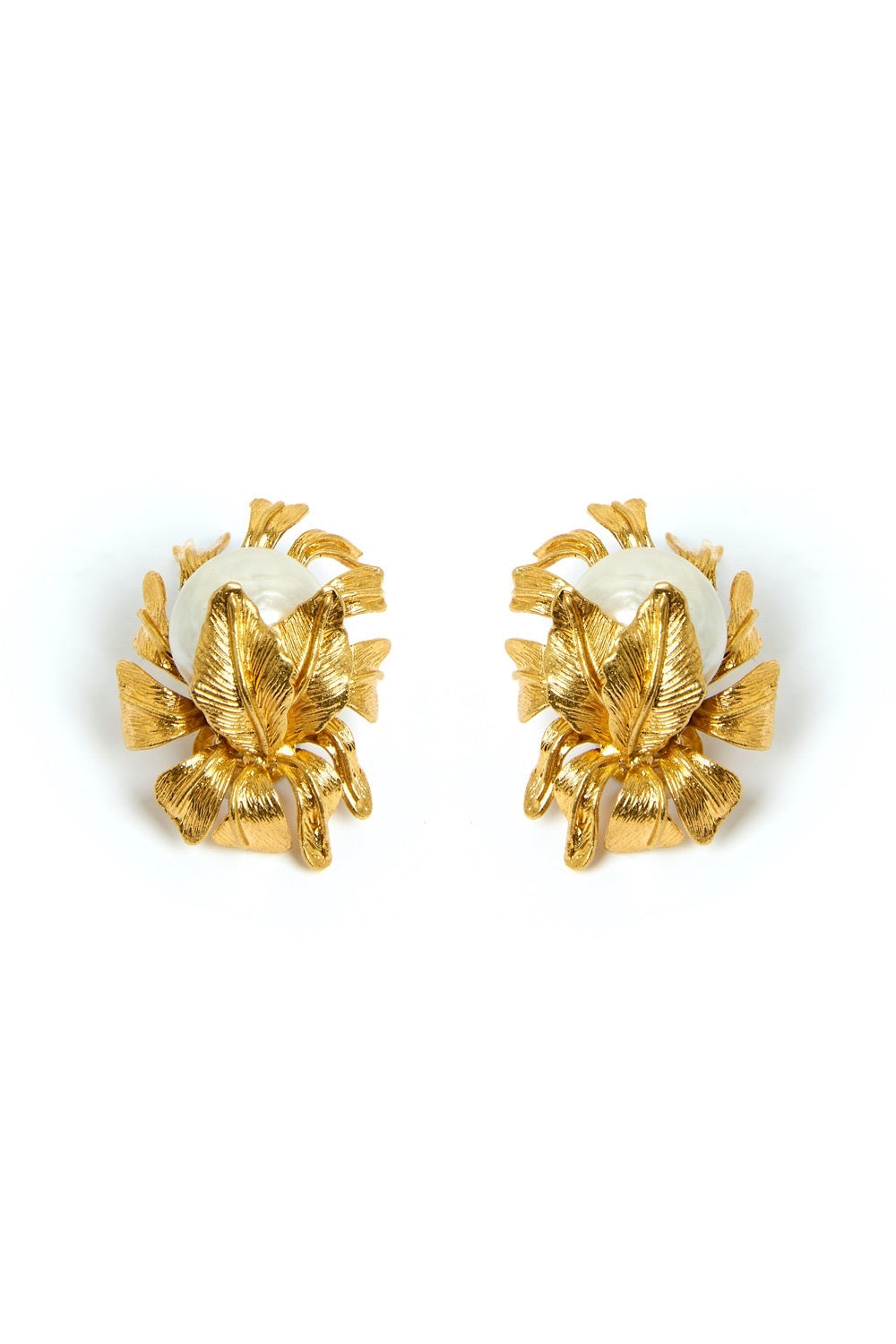 PRE-ORDER FOR NOVEMBER 25th - Moon Flower Earrings Gold