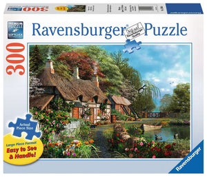 Ravensburger Large - 300 Cottage on Lake