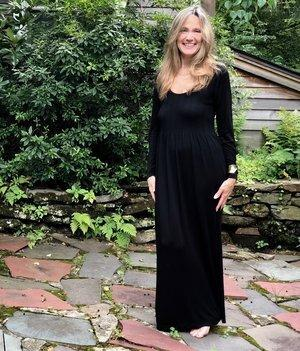 The Maxi dress is the solution for at home, lunch or celebration!
