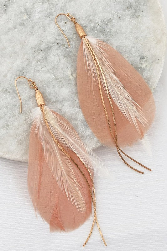 Feather earrings in Blush