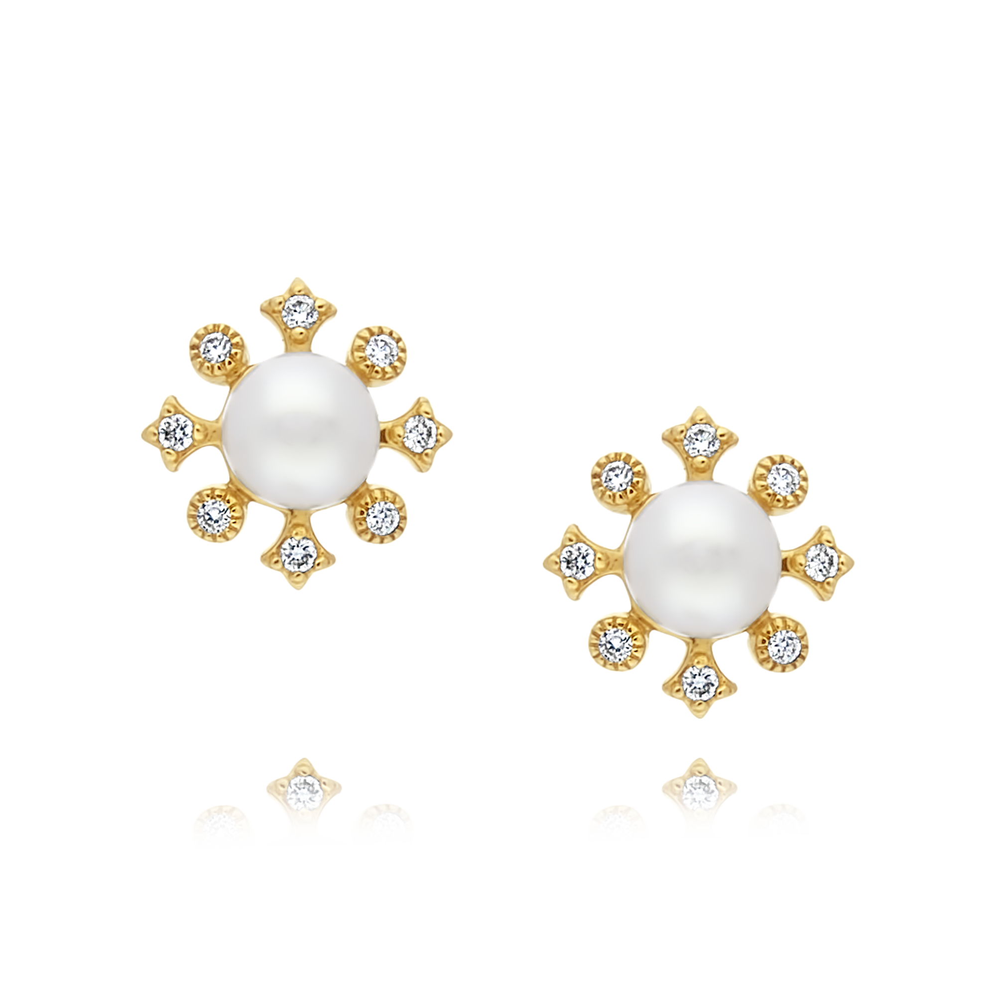 18ct Gold Pearl and Diamond Flower Studs