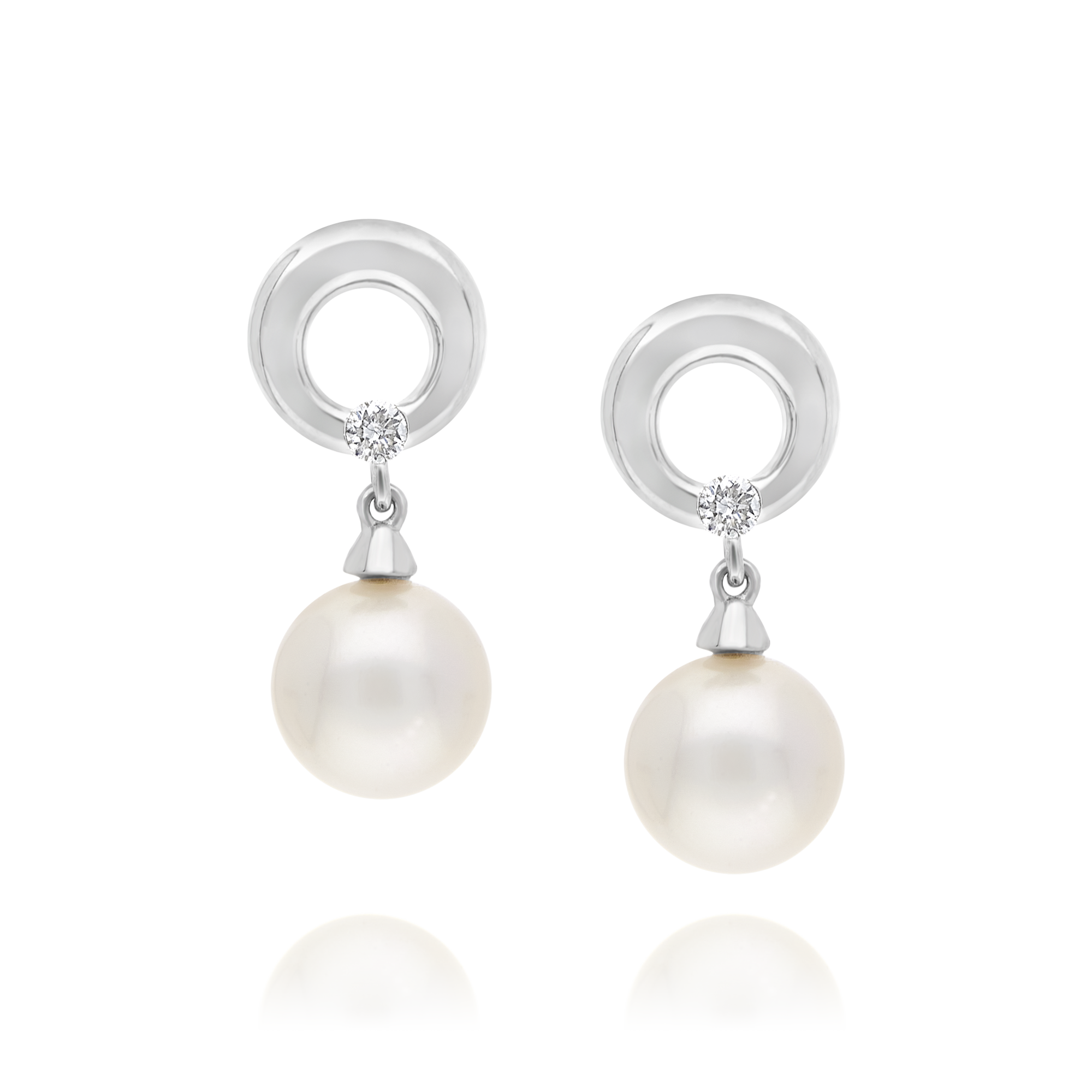18ct White Gold Pearl and Diamond Drop Earrings